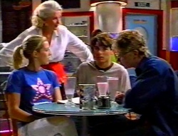 Amy Greenwood, Madge Bishop, Paul McClain, Patrick Greenwood in Neighbours Episode 3113