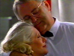 Madge Bishop, Harold Bishop in Neighbours Episode 3113