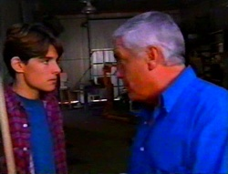 Paul McClain, Lou Carpenter in Neighbours Episode 3115