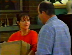 Susan Kennedy, Philip Martin in Neighbours Episode 3115