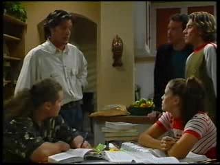 Toadie Rebecchi, Drew Kirk, Alex Fenton, Joel Samuels, Sarah Beaumont in Neighbours Episode 3141