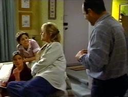 Anne Wilkinson, Hannah Martin, Ruth Wilkinson, Philip Martin in Neighbours Episode 3414