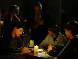 Madge Bishop, Harold Bishop, Paul McClain, Tad Reeves, Hannah Martin in Neighbours Episode 3414