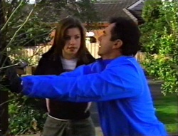 Anne Wilkinson, Karl Kennedy in Neighbours Episode 3420
