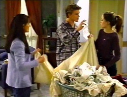 Susan Kennedy, Billy Kennedy, Libby Kennedy in Neighbours Episode 3420