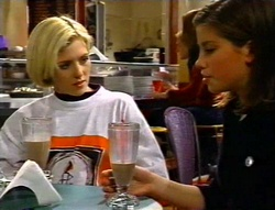 Amy Greenwood, Anne Wilkinson in Neighbours Episode 3420