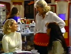 Tess Bell, Madge Bishop, Susan Kennedy in Neighbours Episode 3420