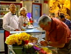 Harold Bishop, Madge Bishop, Lou Carpenter in Neighbours Episode 3420