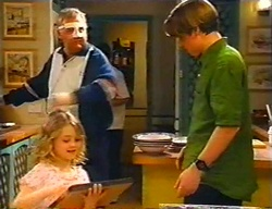 Harold Bishop, Louise Carpenter (Lolly), Tad Reeves in Neighbours Episode 3441