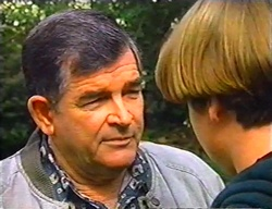 Barry Reeves, Tad Reeves in Neighbours Episode 3442