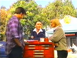 Drew Kirk, Libby Kennedy, Steph Scully in Neighbours Episode 3443