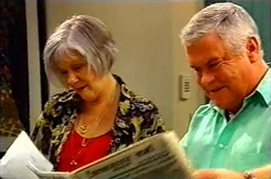 Madge Bishop, Lou Carpenter in Neighbours Episode 3613