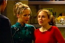 Steph Scully, Libby Kennedy in Neighbours Episode 3613
