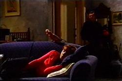 Dahl, Susan Kennedy, Karl Kennedy in Neighbours Episode 3613