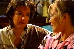 Lyn Scully, Steph Scully in Neighbours Episode 3613