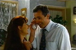 Susan Kennedy, Karl Kennedy in Neighbours Episode 3739