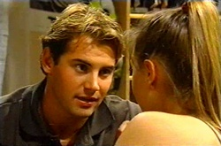Joel Samuels, Felicity Scully in Neighbours Episode 3743