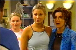 Michelle Scully, Felicity Scully, Lyn Scully in Neighbours Episode 3743