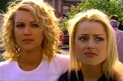 Tess Bell, Dee Bliss in Neighbours Episode 3743