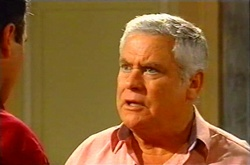Karl Kennedy, Lou Carpenter in Neighbours Episode 3744