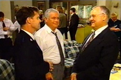 Lindsay Hall, Lou Carpenter, Harold Bishop in Neighbours Episode 3744