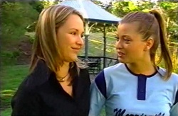 Steph Scully, Felicity Scully in Neighbours Episode 3745