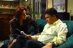 Lyn Scully, Joe Scully in Neighbours Episode 3746