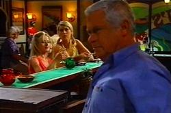 Dee Bliss, Tess Bell, Lou Carpenter in Neighbours Episode 3746