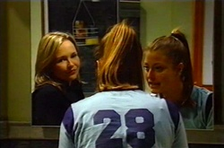 Steph Scully, Felicity Scully in Neighbours Episode 3746