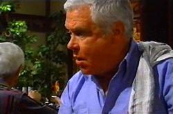 Lou Carpenter in Neighbours Episode 3746