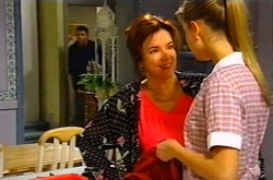 Joe Scully, Lyn Scully, Felicity Scully in Neighbours Episode 3746