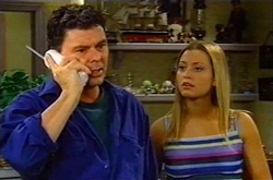 Joe Scully, Felicity Scully in Neighbours Episode 3747