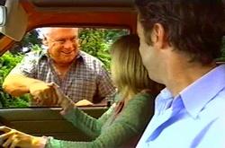 Lou Carpenter, Maggie Hancock, Evan Hancock in Neighbours Episode 3750