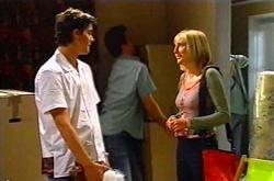 Matt Hancock, Removal Man, Maggie Hancock in Neighbours Episode 3750