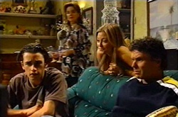 Jack Scully, Lyn Scully, Felicity Scully, Joe Scully in Neighbours Episode 3751