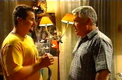 Toadie Rebecchi, Lou Carpenter in Neighbours Episode 3751