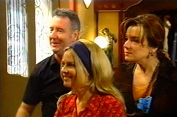 Gino Esposito, Lucy Palmer, Lyn Scully in Neighbours Episode 3752
