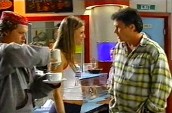 Marcus, Felicity Scully, Joe Scully in Neighbours Episode 3752