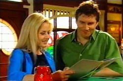Dee Bliss, Darcy Tyler in Neighbours Episode 3752