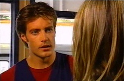 Drew Kirk, Steph Scully in Neighbours Episode 3752