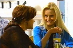 Lyn Scully, Dee Bliss in Neighbours Episode 3752