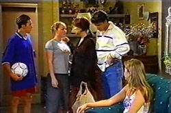 Jack Scully, Michelle Scully, Lyn Scully, Joe Scully, Felicity Scully in Neighbours Episode 3753