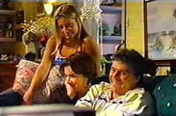 Felicity Scully, Lyn Scully, Joe Scully in Neighbours Episode 3753