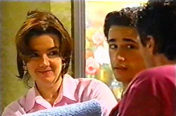 Lyn Scully, Jack Scully, Joe Scully in Neighbours Episode 3753