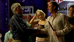 Harold Bishop, Sindi Watts, Stuart Parker in Neighbours Episode 4732
