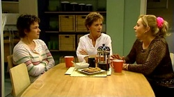 Lyn Scully, Susan Kennedy, Janelle Timmins in Neighbours Episode 4741