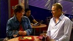 Kayla Thomas, Max Hoyland in Neighbours Episode 4743