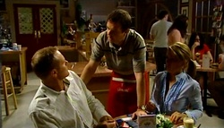 Max Hoyland, David Bishop, Izzy Hoyland in Neighbours Episode 4747