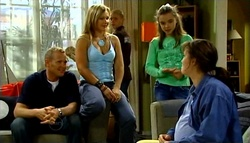 Max Hoyland, Steph Scully, Boyd Hoyland, Summer Hoyland, Kayla Thomas in Neighbours Episode 4748