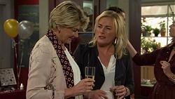 Kathy Carpenter, Lauren Turner in Neighbours Episode 7491